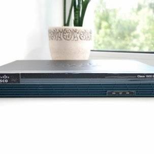 Маршрутизатор Cisco CISCO1921/K9 C1921 Modular Router, 2 GE, 2 EHWIC slots, 512DRAM, IP Base