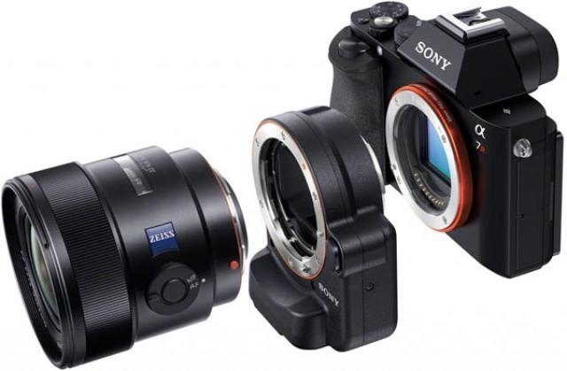 Камера APS-C байонетом Е и адаптером
